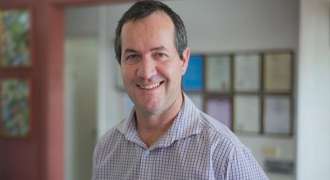 Dr Graham Glenister