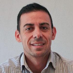 Dr Fernando Alves
